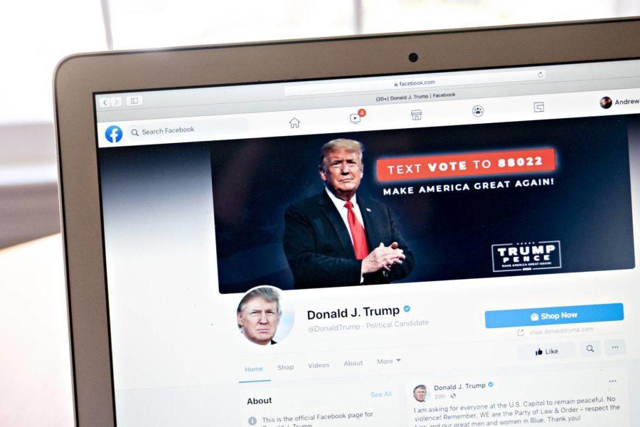 Facebook marche sur des œufs dans le dossier Trump